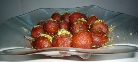 Gulab Jamun in Strawberry flavour syrup 5