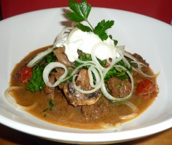 beef-rump-and-mushrooms-in-whole-spices1